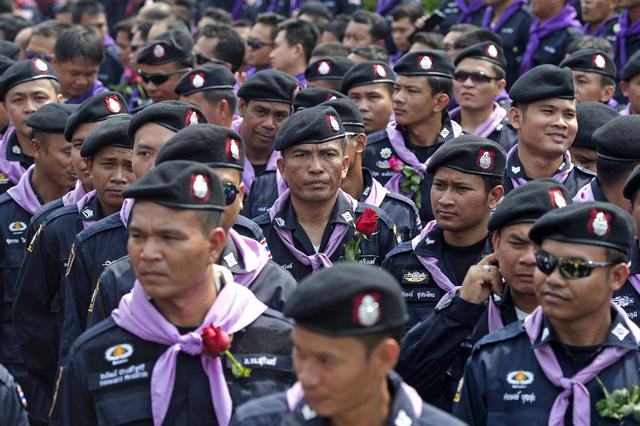 Thaïlande / Les faux policiers